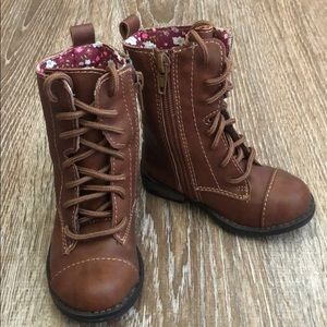 Cherokee Lace up Boots Brown
